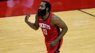James Harden en un partido de los Rockets de esta temporada.