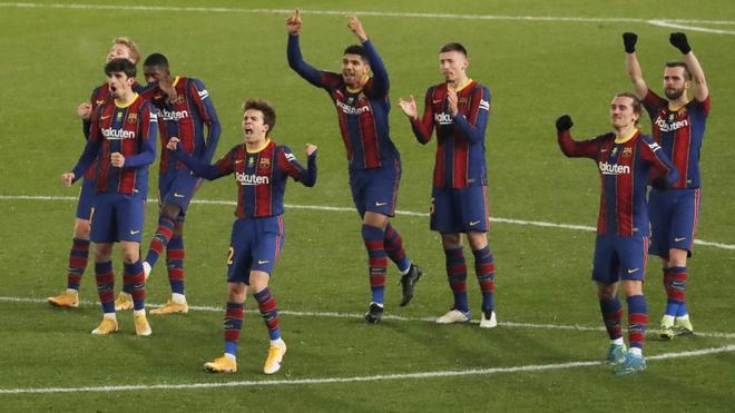 Festejo del Barcelona en el pase a la final de la Supercopa de...