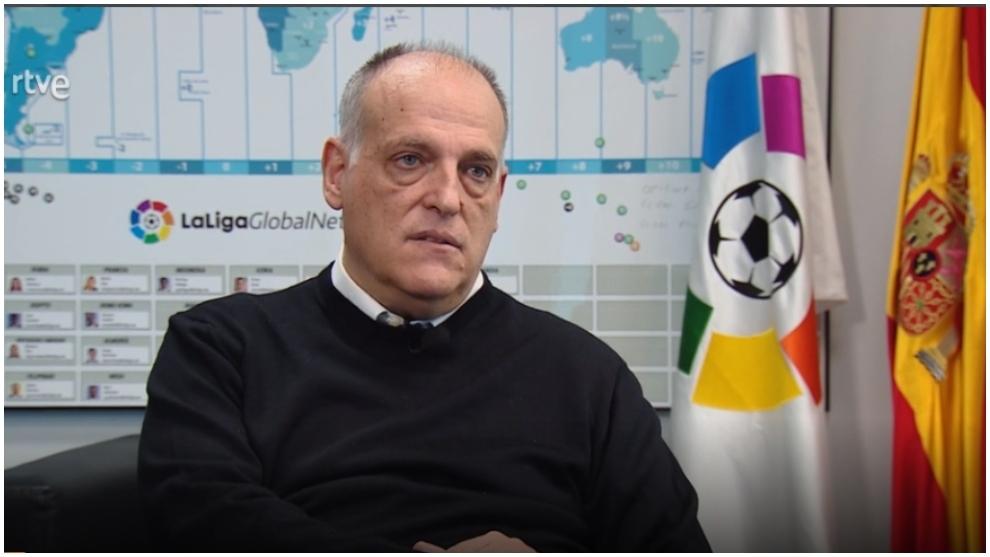 El presidente de LaLiga, Javier Tebas, durante su entrevista en RTVE.