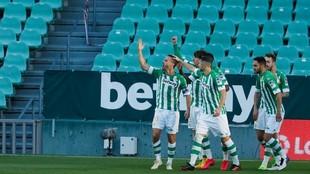 Canales celebra su gol en el derbi.