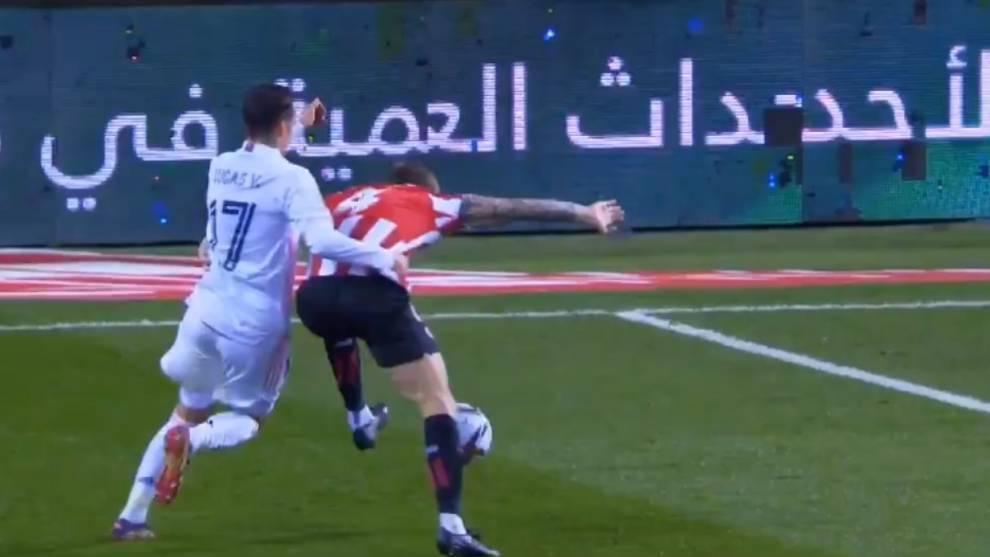 Lucas Vazquez gives away a penalty