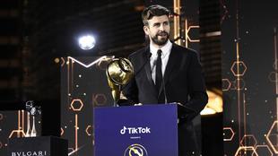 Gerard Piqué, galardonado con el 'Premio a la Carrera'...