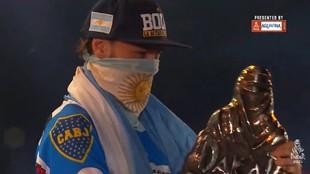 Andujar y el escudo de Boca, en lo más alto del podio del Dakar 2021.