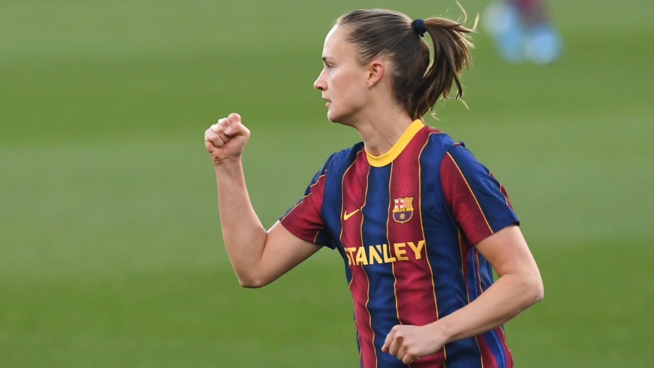 Caroline Graham-Hansen celebra un gol durante esta temporada con el...