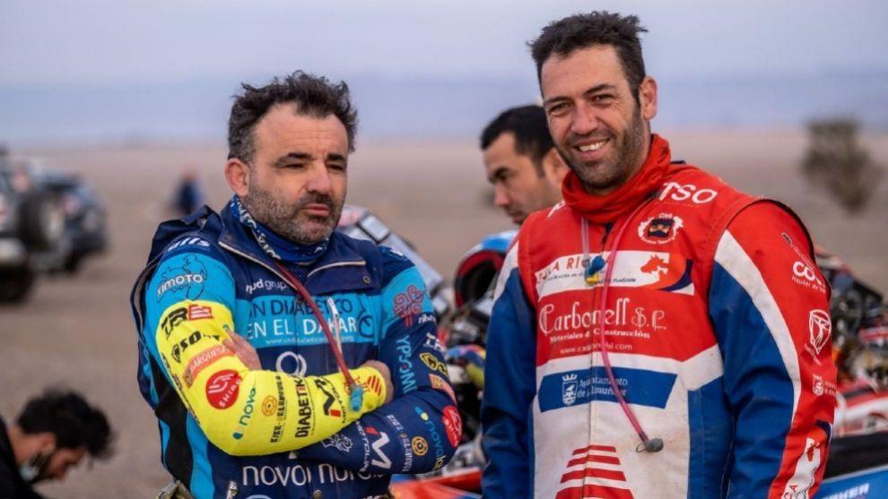 Albero (izqda) y Carbonell (dcha) lograron acabar por primera vez el Dakar.