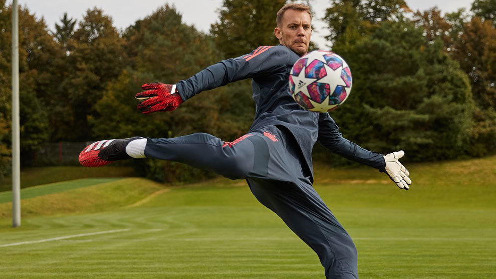 Manuel Neuer named best goalkeeper of the decade by IFFHS