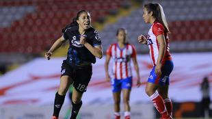 Daniela Sánchez celebra el tanto de la victoria.