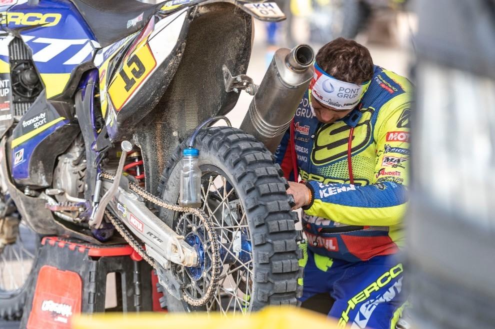 Los neumáticos han sido un dilema para el piloto de Sherco.