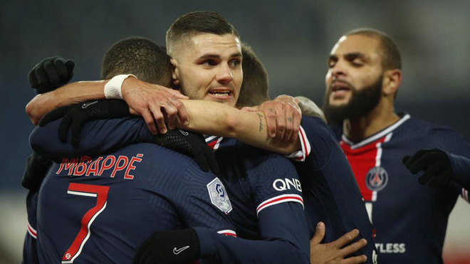 PSG grind out win at Angers to move top of Ligue 1