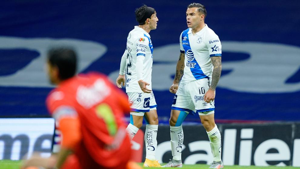 Christian Tabó anotó el único tanto con el que Puebla superó al...