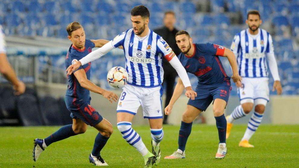 Mikel Merino, con el brazalete de capitán en el partido contra el...