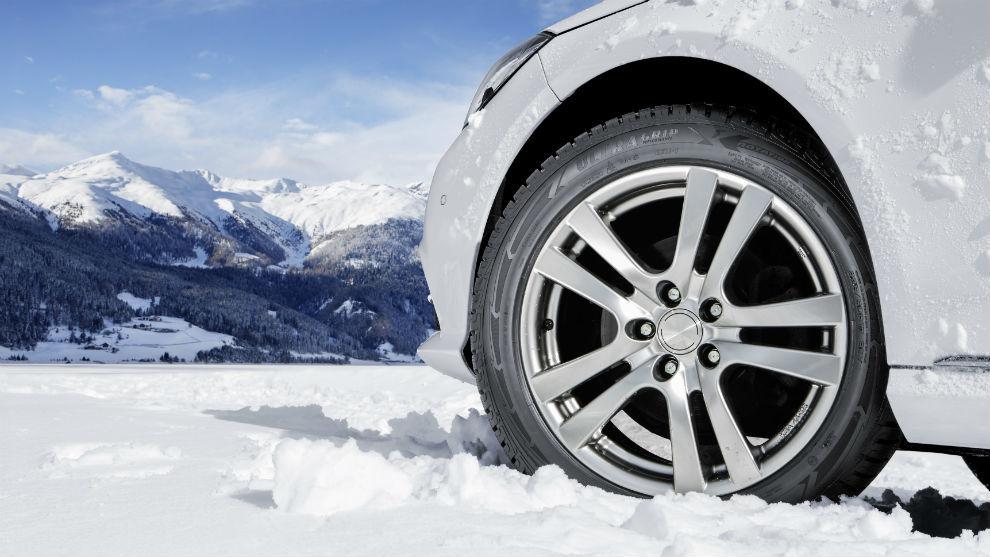 Los neumáticos de invierno se recomiendan para condiciones extremas, con mucha nieve o hielo.