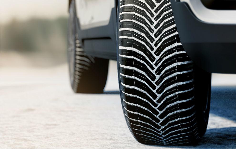 Los neumáticos todo tiempo como estos (Michelin CrossClimate) son los más seguros para todo el año.