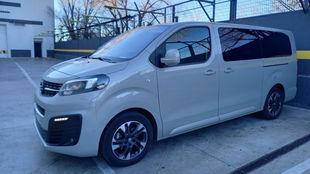 El Opel Zafira Life tiene mucho en común con sus 'primos'...