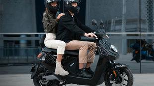 El Niu MQi GT puede transportar a dos ocupantes.