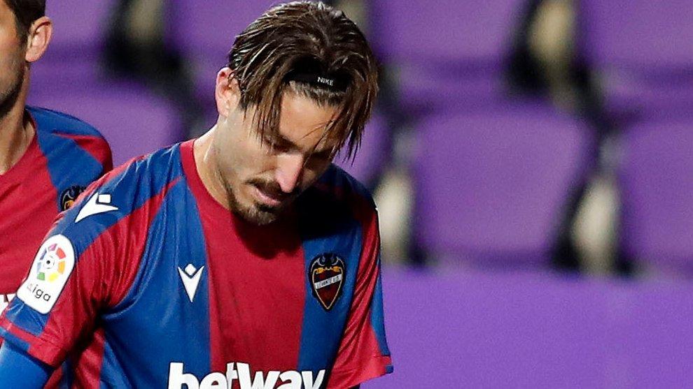 Campaña en el partido contra el Valladolid antes de sufrir la lesión...