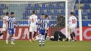 Bono detiene el penalti lanzado por Joselu en el minuto 90.