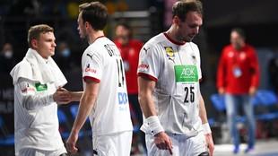 Los jugadores alemanes tras la derrota ante Hungría.