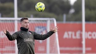Saponjic en un entrenamiento con el Atlético.