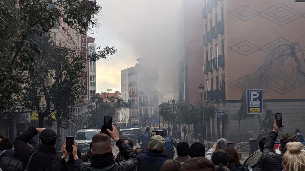 Brutal explosión en un edificio en pleno centro de Madrid: tres muertos
