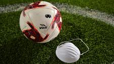 ¿Los equipos de la Liga MX jugarían con cubrebocas?