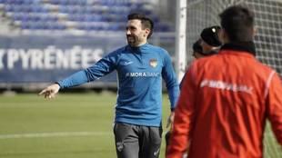 Sarabia, en un entrenamiento con el Andorra.