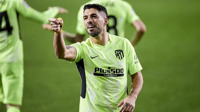Luis Suárez celebra un gol en Ipurua.