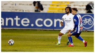 Marcelo, durante el partido ante el Alcoyano.