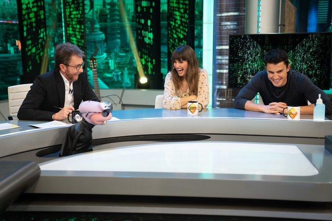 Pablo Motos entrevistó a los actores Verónica Echegui y Álex...