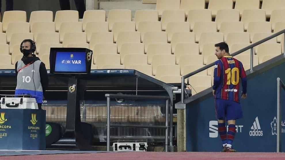 Messi after his Supercopa red card