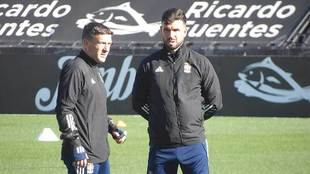 Luis Carrión, a la izquierda, junto a Domingo Cisma, su segundo, en...