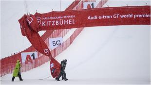 El segundo descenso masculino de Kitzbuehel ha sido cancelado debido a...