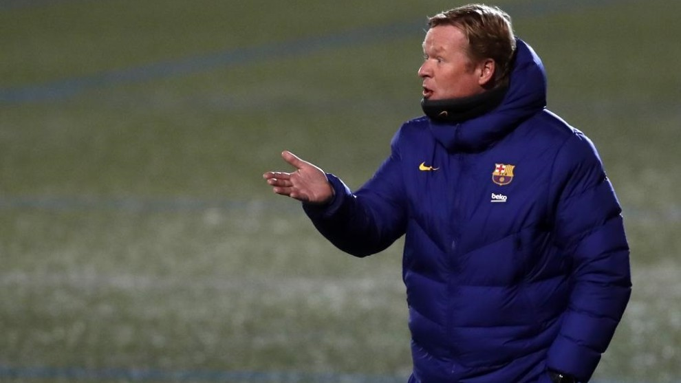 Barcelona Boss Ronald Koeman Unhappy With Astroturf Pitch For Spanish Cup Tie