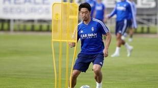 Kagawa durante un entrenamiento con el Real Zaragoza.