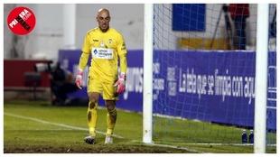 José Juan, portero del Alcoyano, en un momento del partido de Copa...