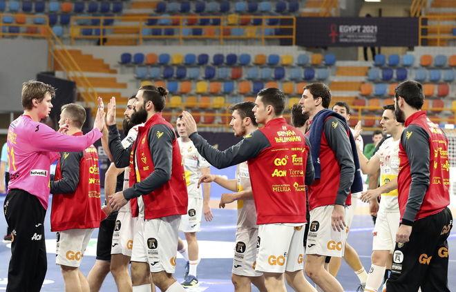La selección española, al término del partido con Uruguay /
