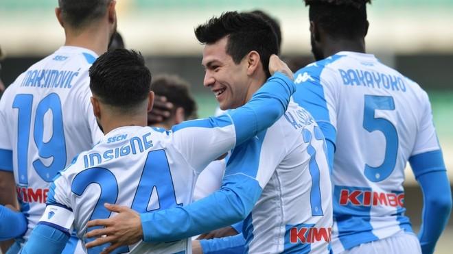 Chucky Lozano gol Napoli.