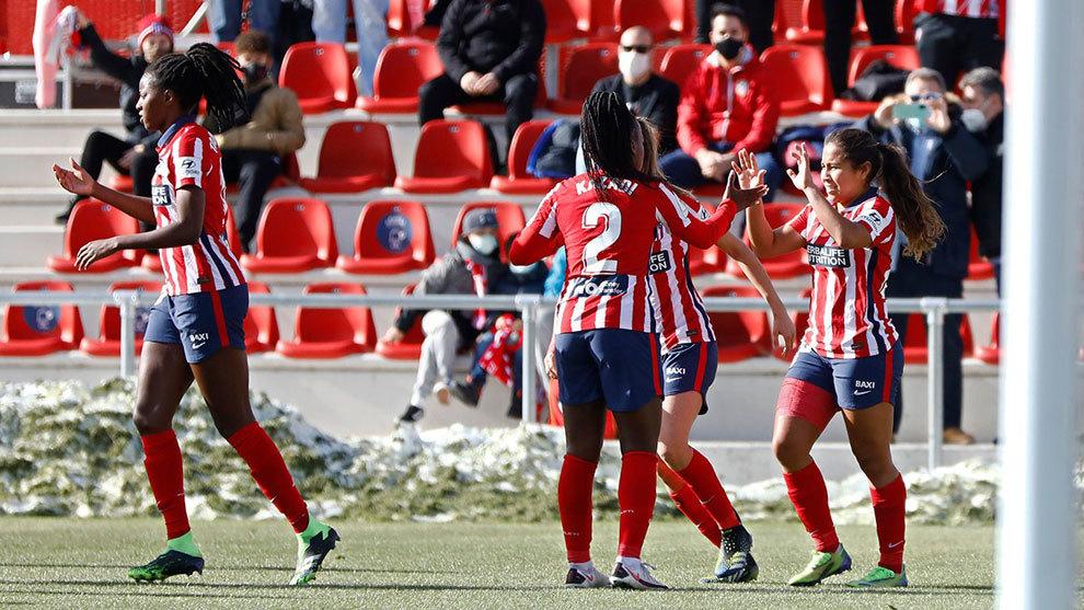 Leicy Santos, Deyna Castellanos y Ludmila meten al Atlético en zona Champions