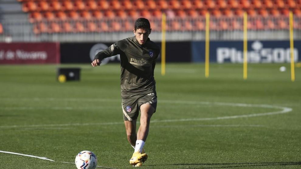 Sanabria, en un entrenamiento con el Atlético de Madrid.