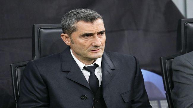 Valverde, en el banquillo del Barça.