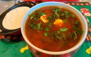 El borsch, la sopa más popular en Rusia y Ucrania, ha abierto un...