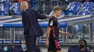 Odegaard es sustituido por Zidane en un partido de Liga.