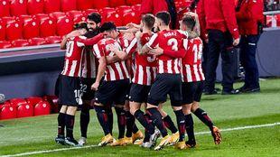 Los jugadores del Athletic festejan uno de los goles al Getafe