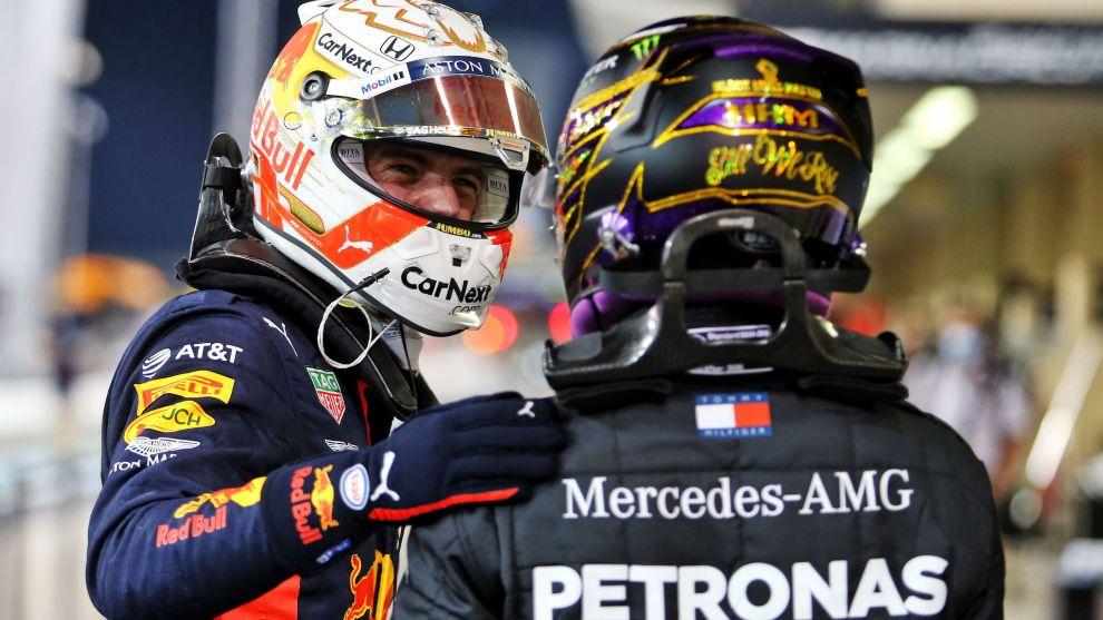 Verstappen y Hamilton, en Abu Dabi 2020.