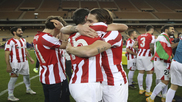 Lekue se abraza con Ibai tras ganar la Supercopa.