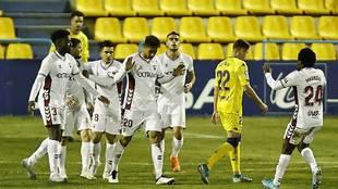Eddy Silvestre no quiso celebrar su gol en Santo Domingo; sus...