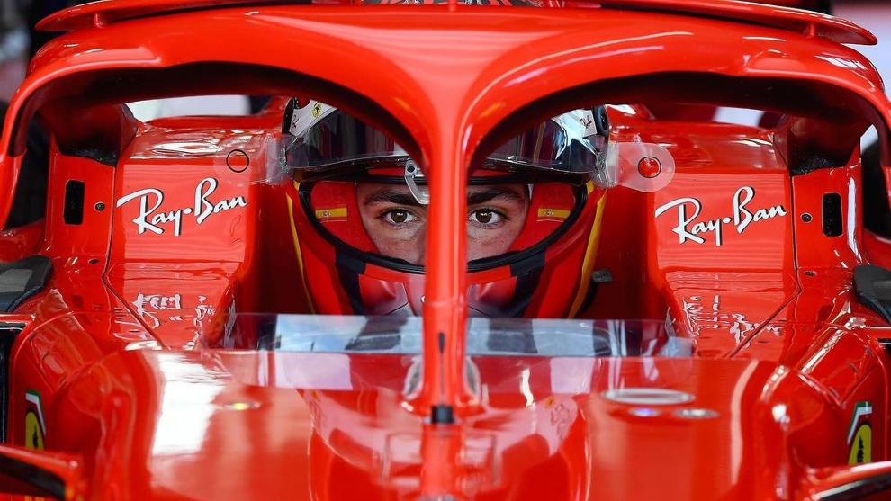 Carlos Sainz, concentrado para su test en Fiorano.