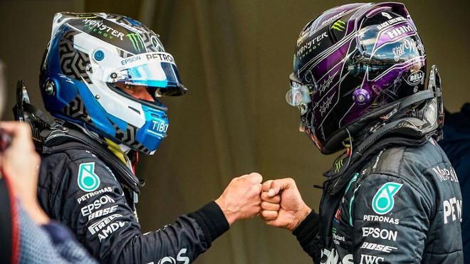 Bottas y Hamilton con Mercedes en 2020.