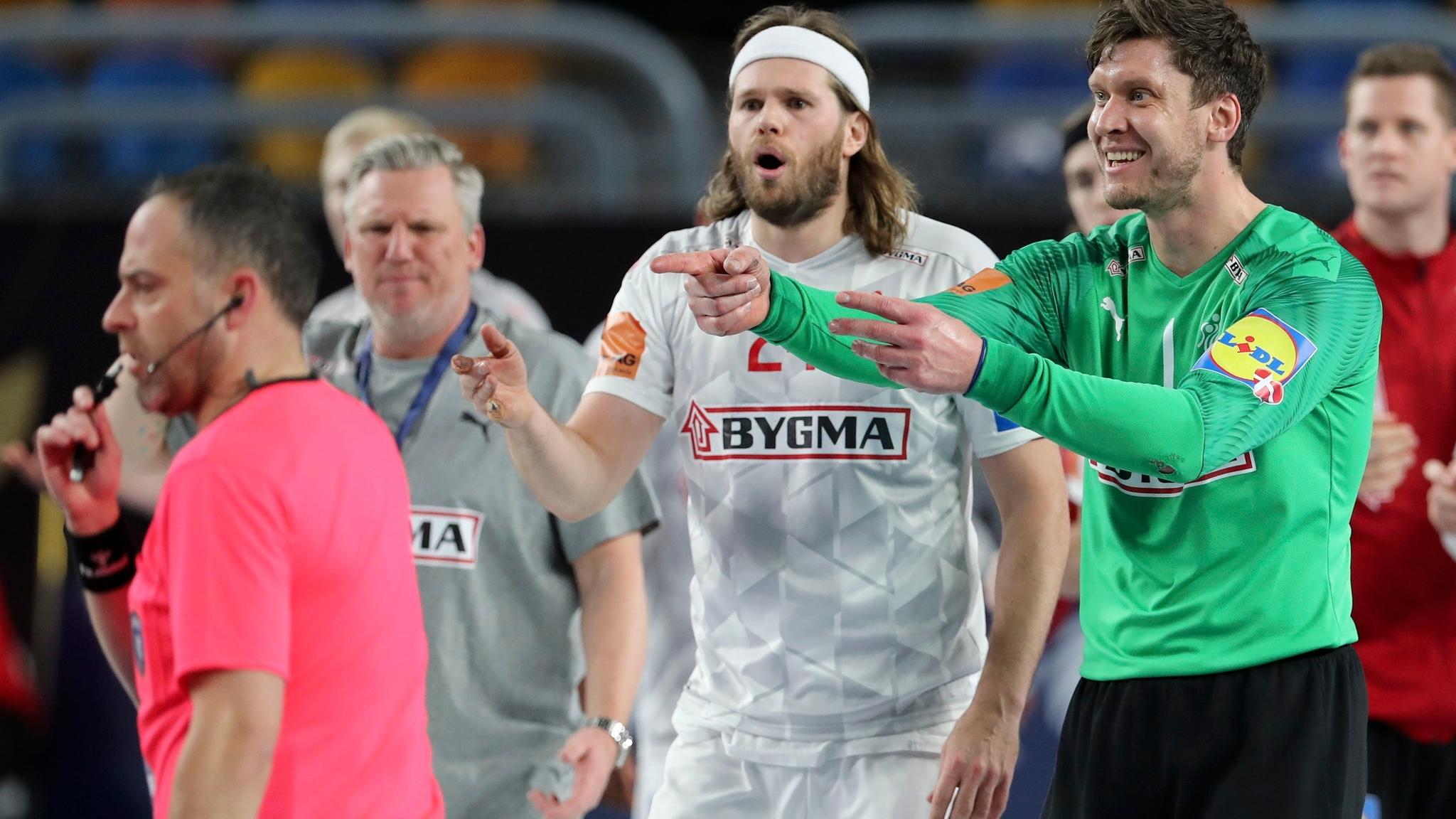 Mundial de Balonmano 2021: Landin mete en semifinales a Dinamarca en la  tanda de penaltis | Marca.com