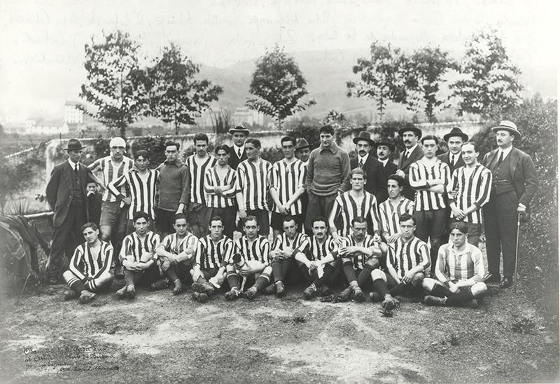 El pasado familiar del ministro Iceta le une al Athletic.... y al expresidente Aznar